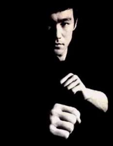 """Bruce Lee - """"Seja como a água"""""""